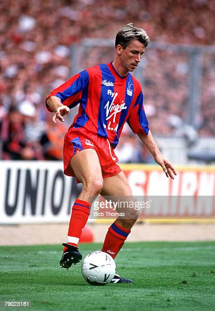 Football 1990 FA Cup Final Wembley 12th May Manchester United 3 v Crystal Palace 3 Crystal Palace's Alan Pardew on the ball