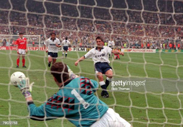 Football 1991 FA Cup Final Wembley 18th May Tottenham Hotspur 2 v Nottingham Forest 1 Spurs striker Gary Lineker has his penalty saved by Forest...
