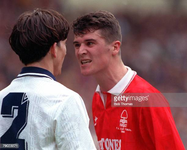 Football 1991 FA Cup Final Wembley 18th May Tottenham Hotspur 2 v Nottingham Forest 1 Nottingham Forest's Roy Keane exchanges words with Spurs'...