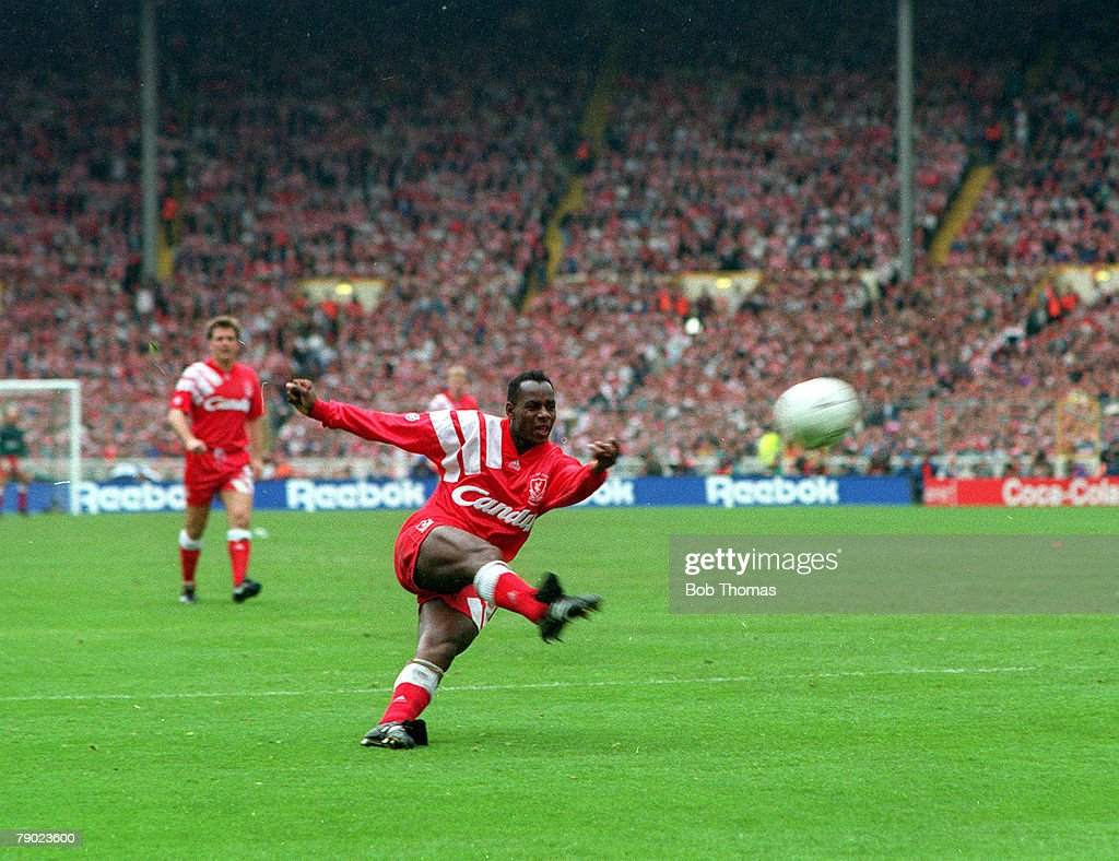 Football. 1992 FA Cup Final. Wembley. 9th May, 1992. Liverpool 2 v Sunderland 0. Liverpool's Michael Thomas fires in a shot to score his side's first goal. : News Photo