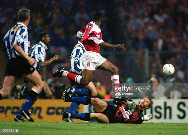 Football 1993 FA Cup Final Replay Wembley 20th May Arsenal 2 v Sheffield Wednesday 1 Arsenal's Ian Wright scores his side's first goal past Wednesday...