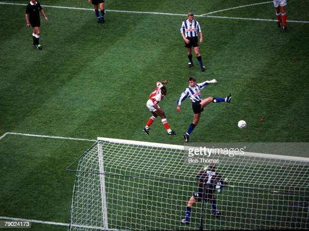 Football, 1993 FA Cup Final, Wembley, 15th May Arsenal 1 v Sheffield Wednesday 1, Arsenal's Ian Wright leaps up to head in the first goal past...