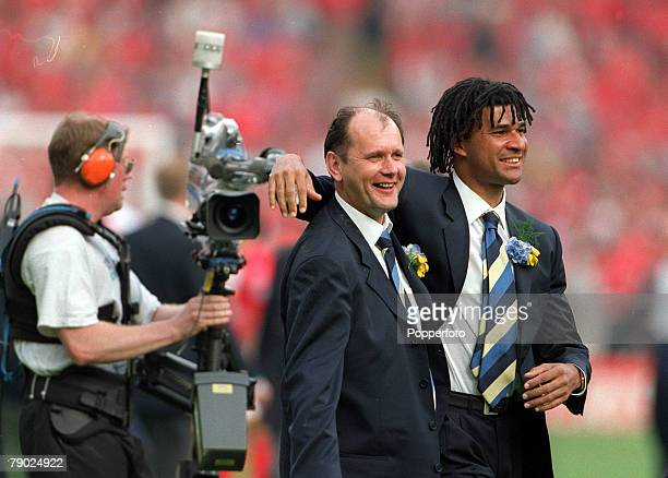 Football 1997 FA Cup Final Wembley 17th May Chelsea 2 v Middlesbrough 0 Chelsea's manager Ruud Gullit celebrates at the end of the match with Gwyn...