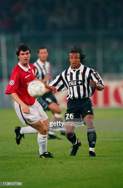 Football 1999 UEFA Champions League SemiFinal Second leg 21st April Turin Juventus 2 v Manchester United 3 Manchester United's Roy Keane and...