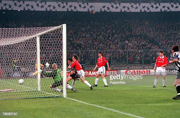 Football 1999 UEFA Champions League SemiFinal Second leg 21st April Turin Juventus 2 v Manchester United 3 Juventus' Filippo Inzaghi beats Manchester...