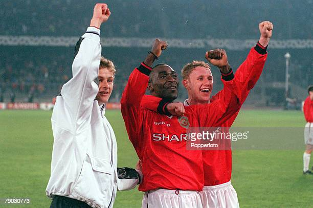 Football 1999 UEFA Champions League SemiFinal Second leg 21st April Turin Juventus 2 v Manchester United 3 Manchester United's LR Ole Gunnar...