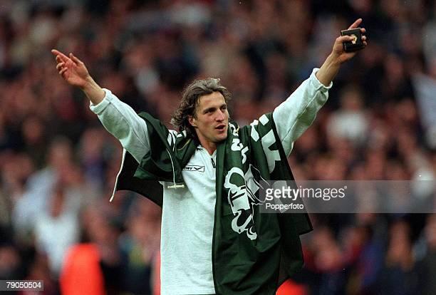 Football 1999 Worthington Cup Final Wembley Stadium 21st March 1999 Tottenham Hotspur 1 v Leicester City 0 Tottenham's David Ginola celebrates after...