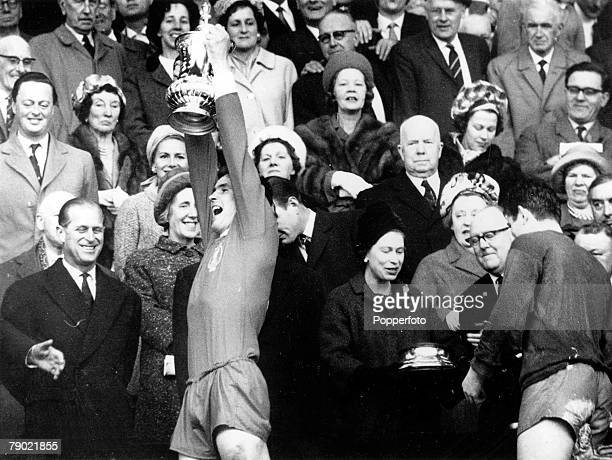 Football 1st May 1965 Wembley Stadium London FA Cup Final Liverpool 2 v Leeds United 1 Liverpool captain Ron Yeats holds the FA Cup aloft after...