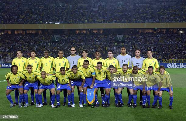 Football 2002 FIFA World Cup Final Yokohama Japan 30th June 2002 Germany 0 v Brazil 2 The Brazilian squad of players form a giant team group before...