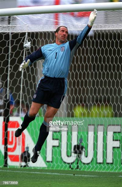 Football, 2002 FIFA World Cup Finals, Group F, Osaka, Japan, 12th June 2002, Nigeria 0 v England 0, England goalkeeper David Seaman, Credit:...