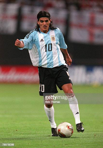 Football 2002 FIFA World Cup Finals Group F Sapporo Japan 7th June 2002 Argentina 0 v England 1 Argentina's Ariel OrtegaCredit POPPERFOTO/JOHN...