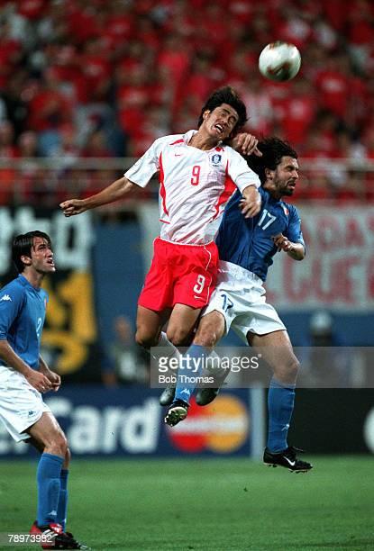 Football, 2002 FIFA World Cup Finals, Second Phase, Daejeon, South Korea, 18th June 2002, South Korea 2 v Italy 1 , South Korea's Ki Hyeon Seol wins...