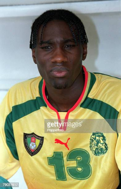 Football 2002 World Cup Qualifier African Second Round Group A Yaounde 25th February 2001 Cameroon 1 v Zambia 0 Cameroons Joseph Desire Job