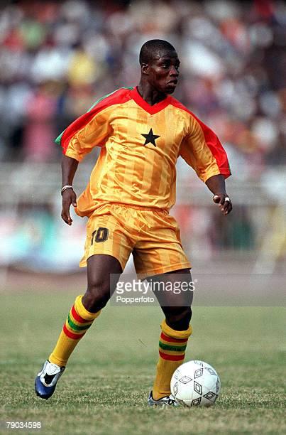 Football 2002 World Cup Qualifier African Second Round Group B 28th January 2001 Accra Ghana Ghana 1 v Liberia 3 Ghanas Stephen Appiah