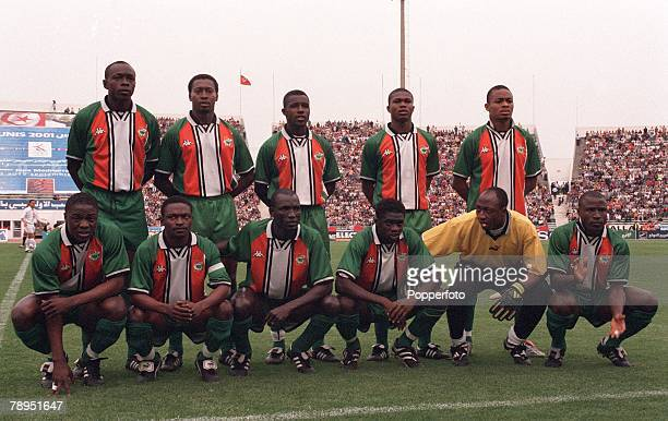 Football 2002 World Cup Qualifier African Second Round Group D 20th May 2001 Tunis Tunisia 1 v Cote d'Ivoire 1 The Cote d'Ivoire team pose together...