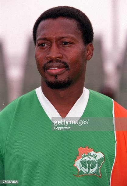 Football 2002 World Cup Qualifier African Second Round Group D 20th May 2001 Tunis Tunisia 1 v Cote d'Ivoire 1 Lassina Diabate of the Cote d'Ivoire