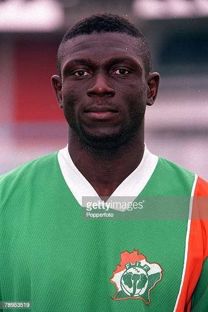 Football 2002 World Cup Qualifier African Second Round Group D 20th May 2001 Tunis Tunisia 1 v Cote d'Ivoire 1 Fadel Keita of the Cote d'Ivoire