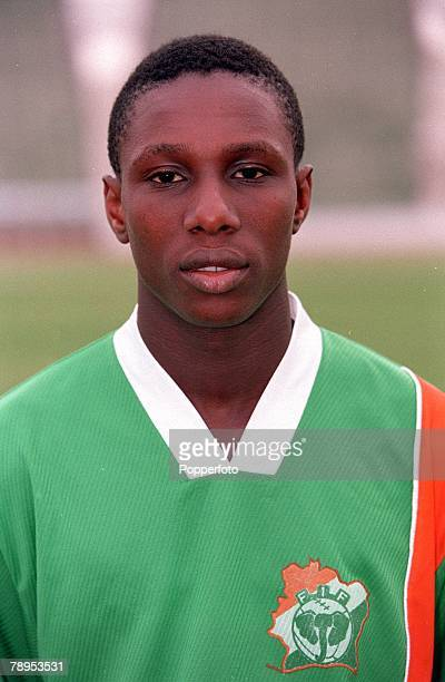 Football 2002 World Cup Qualifier African Second Round Group D 20th May 2001 Tunis Tunisia 1 v Cote d'Ivoire 1 Gilles Yapi Yapo of the Cote d'Ivoire