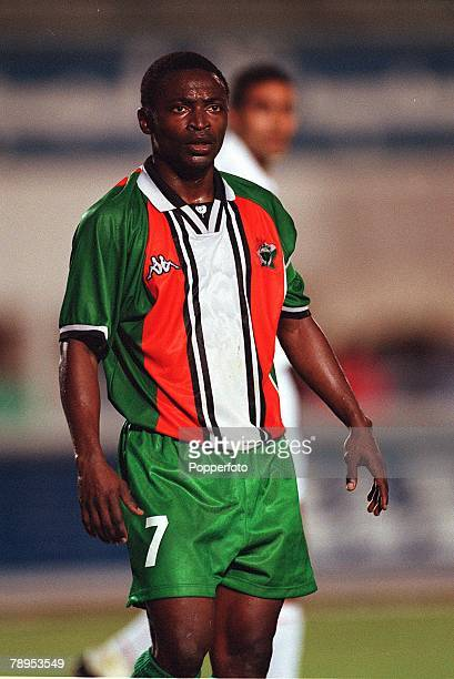 Football 2002 World Cup Qualifier African Second Round Group D 20th May 2001 Tunis Tunisia 1 v Cote d'Ivoire 1 Tchiressoua Guel of the Cote d'Ivoire