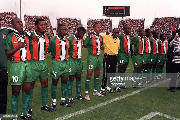 Football 2002 World Cup Qualifier African Second Round Group D 20th May 2001 Tunis Tunisia 1 v Cote d'Ivoire 1 The Cote d'Ivoire team join together...