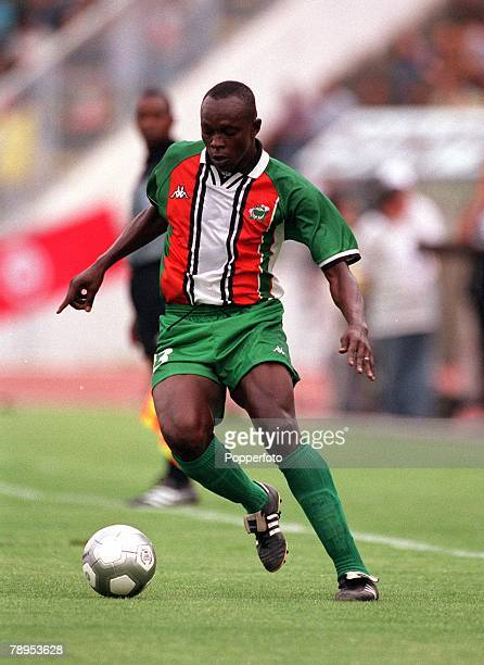 Football 2002 World Cup Qualifier African Second Round Group D 20th May 2001 Tunis Tunisia 1 v Cote d'Ivoire 1 Badra Siby of the Cote d'Ivoire