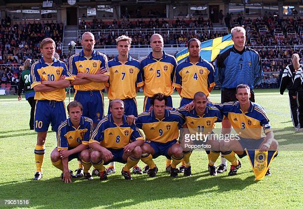 Football 2002 World Cup Qualifier Group 4 2nd June 2001 Stockholm Sweden 2 v Slovakia 0 The Sweden team pose together for a group photograph prior to...