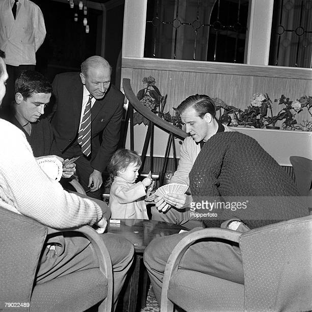 Football 20th February 1962 Norbreck Hydro England Manchester United Manager Matt Busby watches a game of cards the players are Shay Brennan and...
