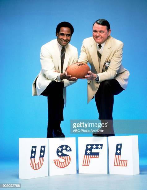 Football 2/2/83 ABC Sports commentators Lynn Swann and Keith Jackson for the United States Football League The USFL began play on March 6 1983 as a...
