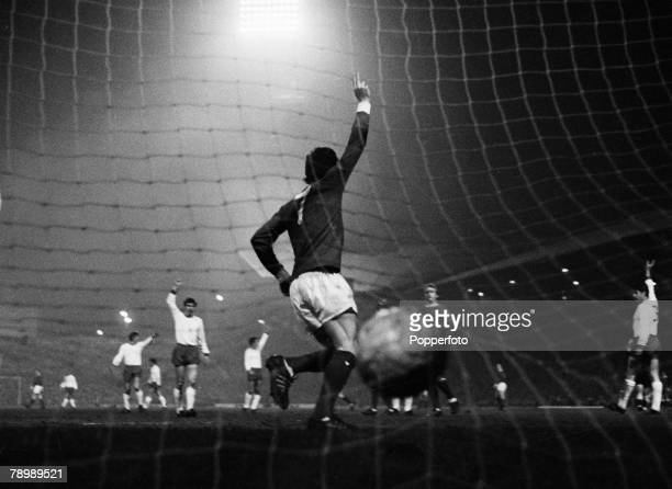 Football 26th February 1968 European Cup Quarter Final Old Trafford Manchester Manchester United 3 v Rapid Vienna 0 Manchester United's Willie Morgan...