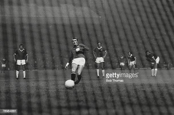 Football 29th August 1973 Manchester United v Leicester City Manchested United goalkeeper Alex Stepney scores with a penalty at Old Trafford