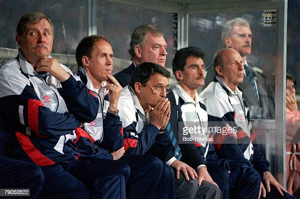 Football 29th MAY 1993 World Cup Qualifier Poland 1 v England 1 An anxious looking England manager Graham Taylor watches his team from the bench