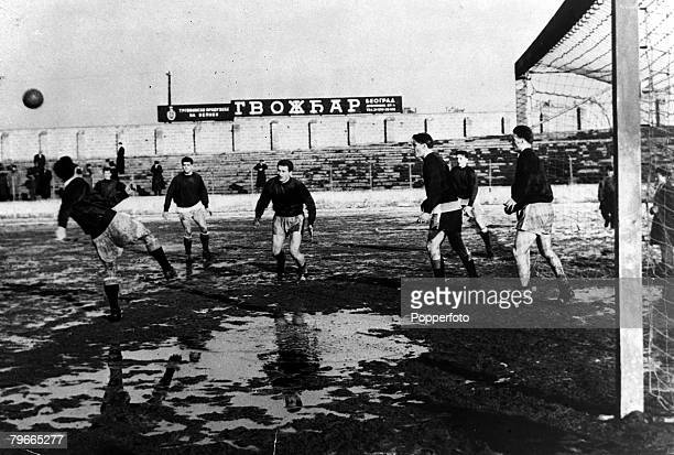 Football 4th February Manchester United footballers at practice at the Yugoslav Army Stadium in Belgrade where they will be playing Red Star Belgrade...