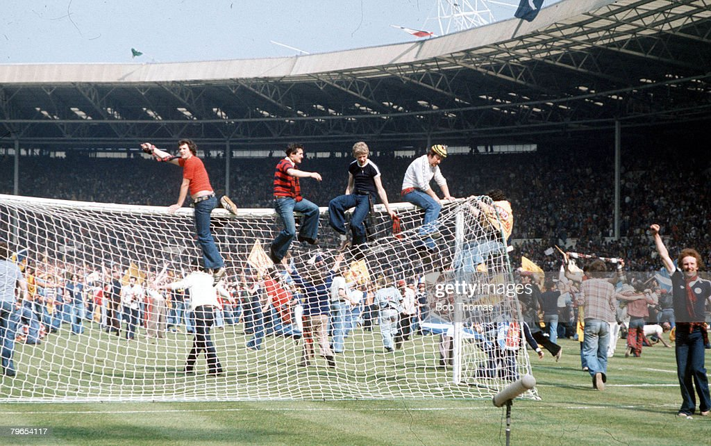 Football, 4th June, 1977, International Football, Wembley Stadium, London, England 1 v Scotland 2, Scottish fans invade the Wembley pitch and destroy the goalposts following their victory in the Home International match