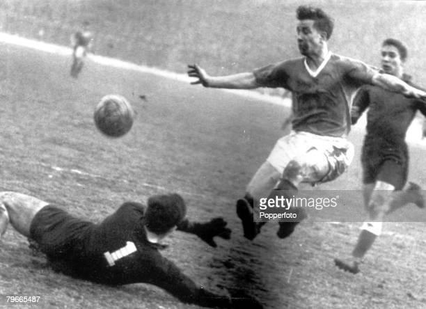 Football 5th February 1958 Belgrade Yugoslavia European Cup Quarter Final Second Leg Red Star Belgrade 3 v Manchester United 3 Red Star Belgrade...