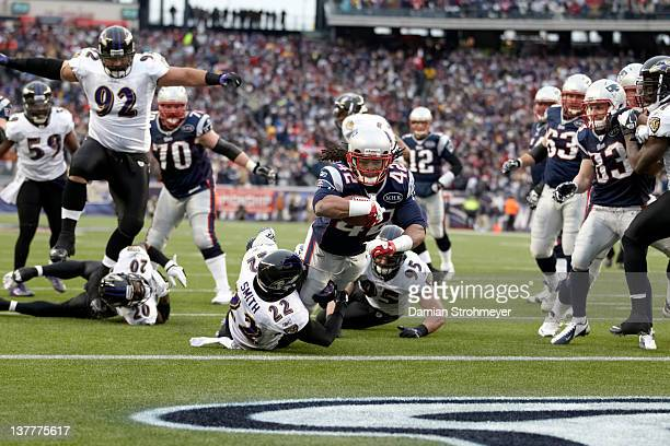 AFC Championship New England Patriots BenJarvus GreenEllis in action diving into endzone for touchdown during second quarter vs Baltimore Ravens...