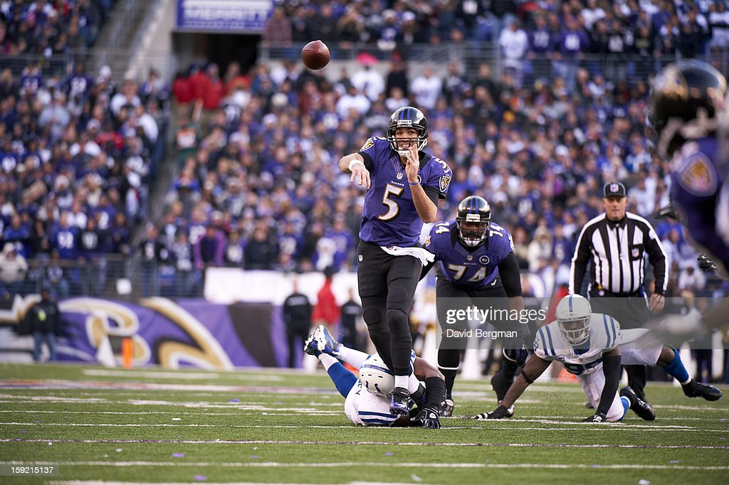 Baltimore Ravens QB Joe Flacco (5) in action, passing vs Indianapolis Colts at M&T Bank Stadium. David Bergman F106 )