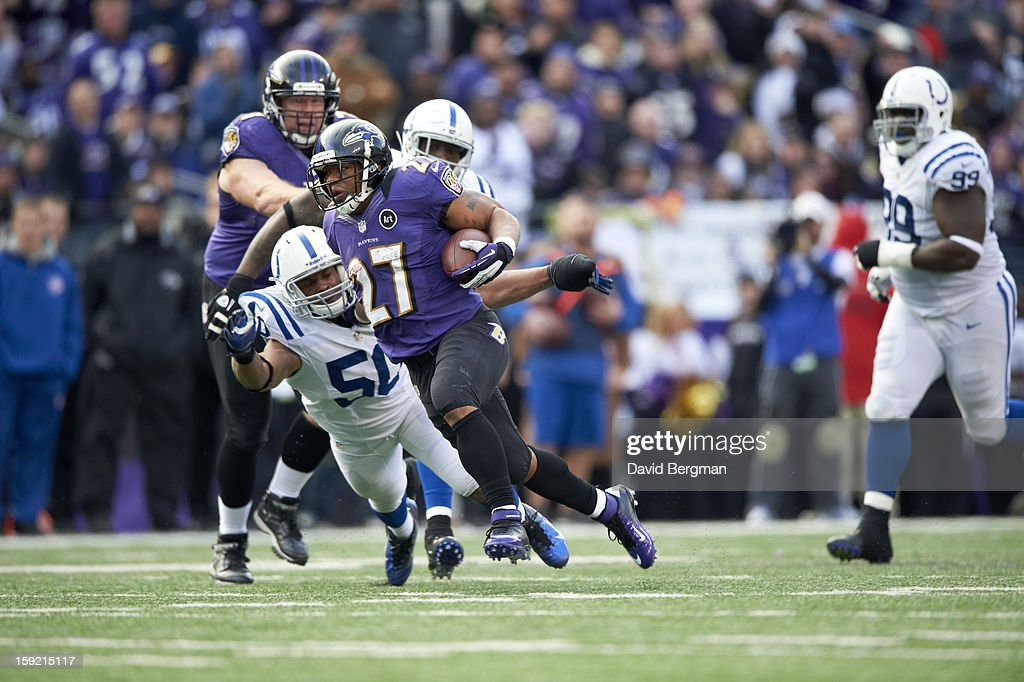 Baltimore Ravens Ray Rice (27) in action, rushing vs Indianapolis Colts Jerrell Freeman (50) at M&T Bank Stadium. David Bergman F599 )