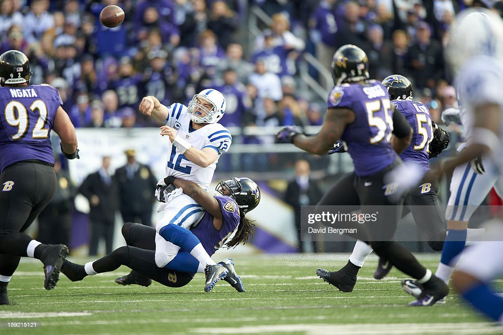 Indianapolis Colts QB Andrew Luck (12) in action, passing vs Baltimore Ravens Dannell Ellerbe (59) at M&T Bank Stadium. David Bergman F694 )