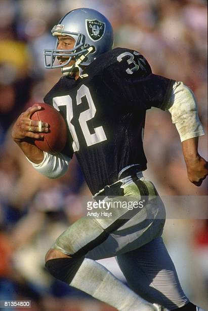 Football AFC Playoffs Los Angeles Raiders Marcus Allen in action rushing vs Pittsburgh Steelers Los Angeles CA 1/1/1984