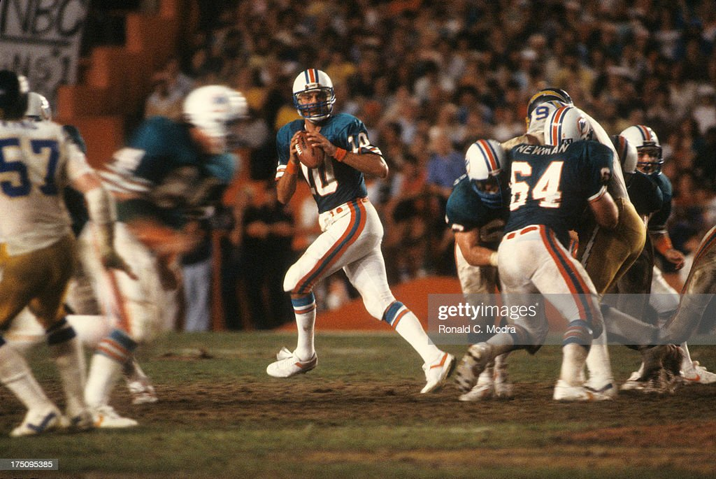 AFC Playoffs Miami Dolphins QB Don Strock in action vs San Diego Chargers at Orange Bowl Stadium Miami FL CREDIT Ronald C Modra