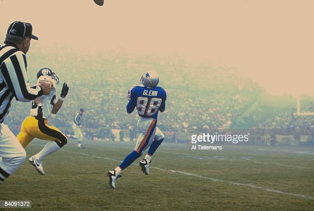 AFC Playoffs New England Patriots Terry Glenn in action making catch vs Pittsburgh Steelers Rod Woodson Foxboro MA 1/5/1997 CREDIT Al Tielemans