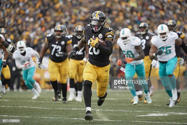 AFC Playoffs Pittsburgh Steelers Le'Veon Bell in action rushing vs Miami Dolphins at Heinz Field Pittsburgh PA CREDIT Al Tielemans