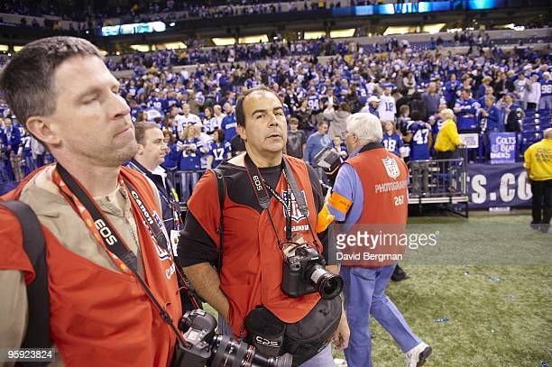 Playoffs: Sports Illustrated photographer Damian Strohmeyer after Indianapolis Colts vs Baltimore Ravens game. Indianapolis, IN 1/16/2010 CREDIT:...