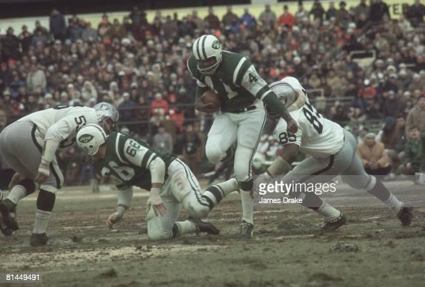 Football AFL Championship New York Jets Matt Snell in action vs Oakland Raiders at Shea Stadium Flushing NY