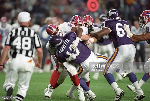 American Bowl Buffalo Bills defense in action against Minnesota Vikings Gino Torretta at Olympistadion Berlin Germany 8/7/1993 CREDIT Bill Frakes