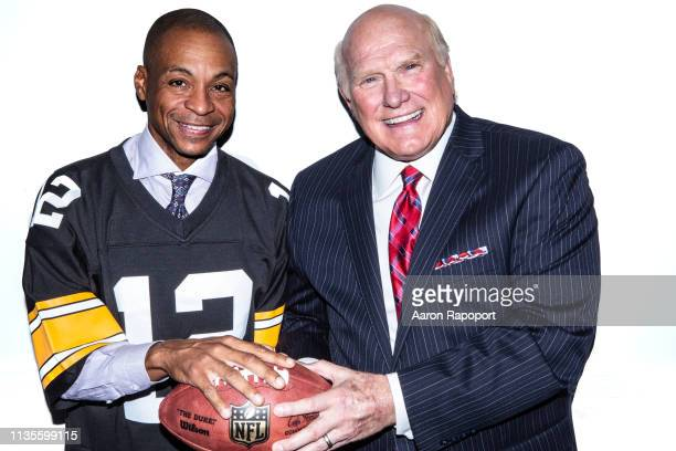 Football and television star announcers Terry Bradshaw and Gus Johnson pose for a portrait in October 2018 in Los Angeles California
