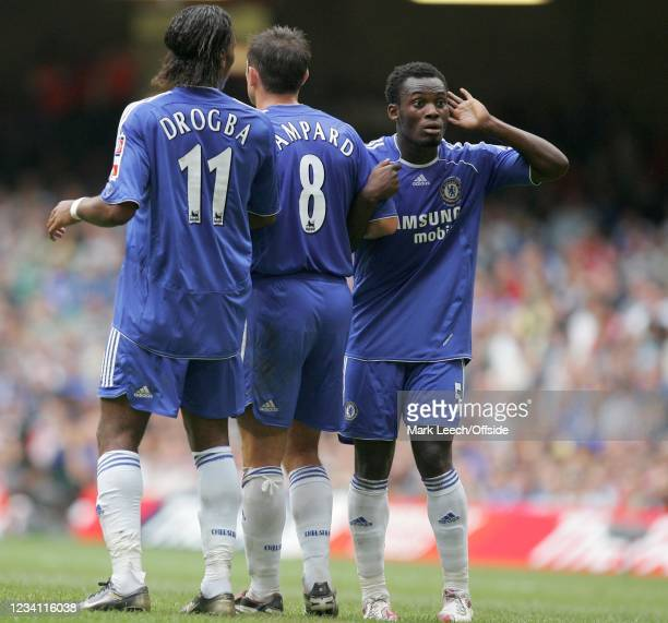 Football Association Community Shield, Liverpool v Chelsea, Michael Essien of Chelsea listens to instructions as he lines up their defensive wall.