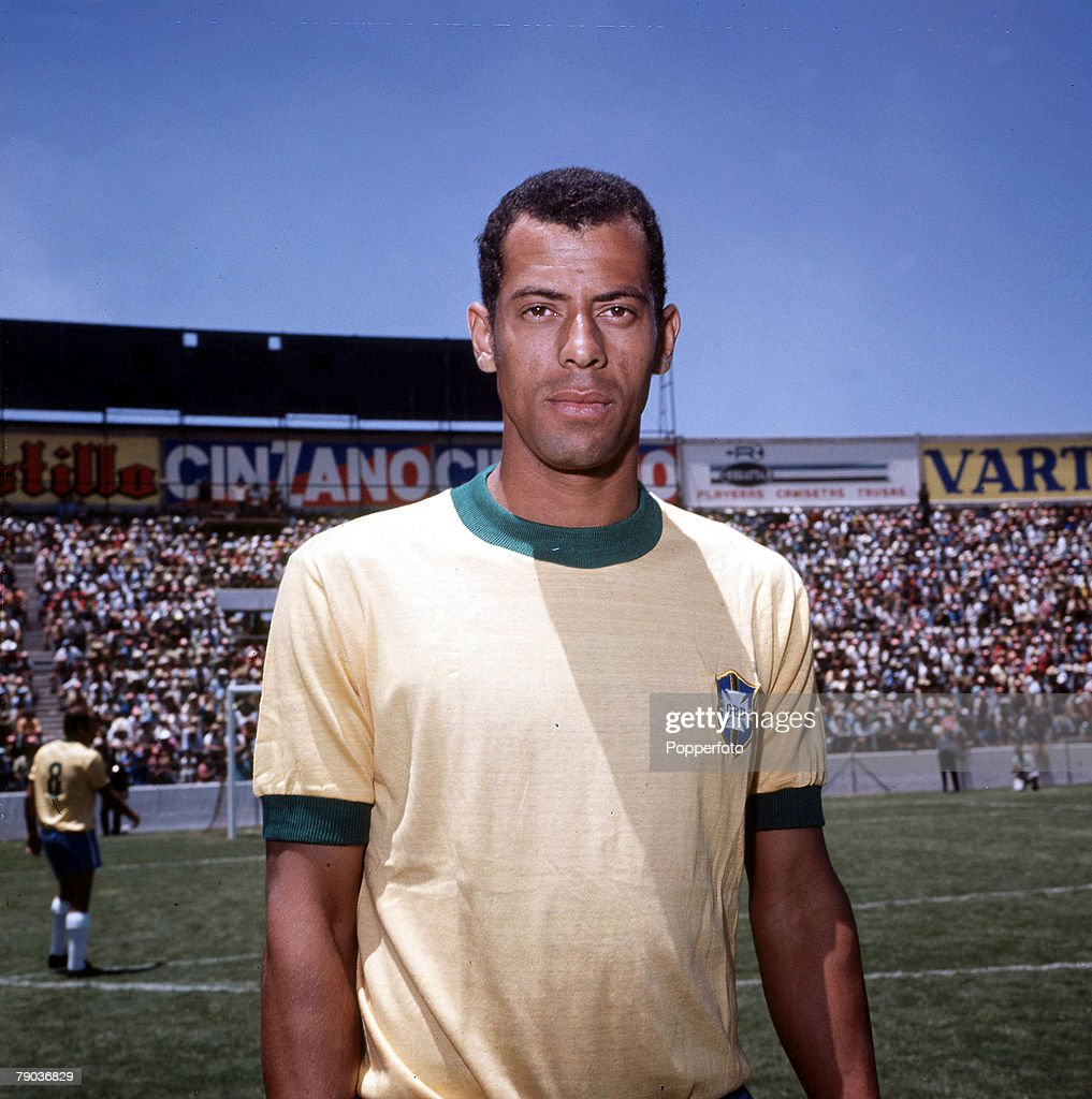 Football. Brazil's Carlos Alberto, captain of the victorious 1970 World Cup winning team in Mexico. : News Photo