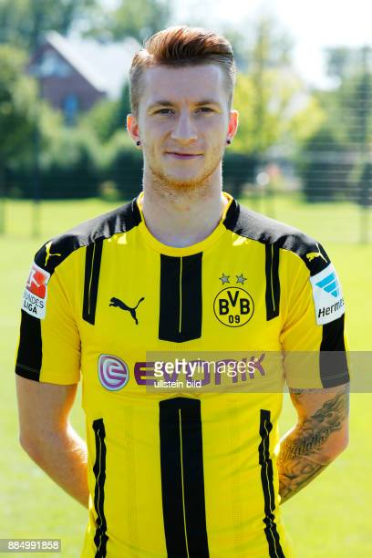 football Bundesliga 2016/2017 Borussia Dortmund press photo shooting portrait Marco Reus