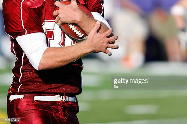 football catch - reception american football stock pictures, royalty-free photos & images